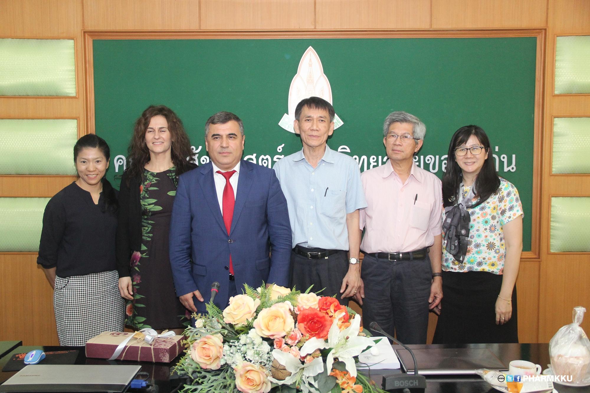 ผู้บริหารคณะเภสัชศาสตร์ให้การต้อนรับอาคันตุกะจาก Kilis 7 Aralik University  ประเทศตุรกี